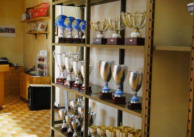 olimpia-store-by-olimpia-snc-dalmine-bergamo-coppe-trofei-esposizione