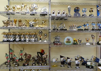 olimpia-store-by-olimpia-snc-dalmine-bergamo-trofei-calcio-espositore